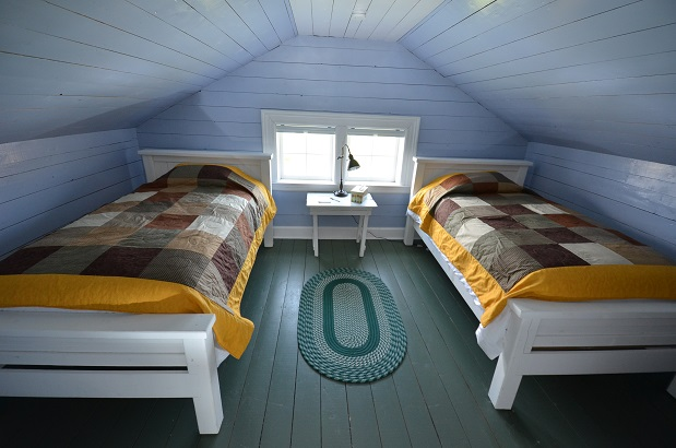 spearing-bedroom-2